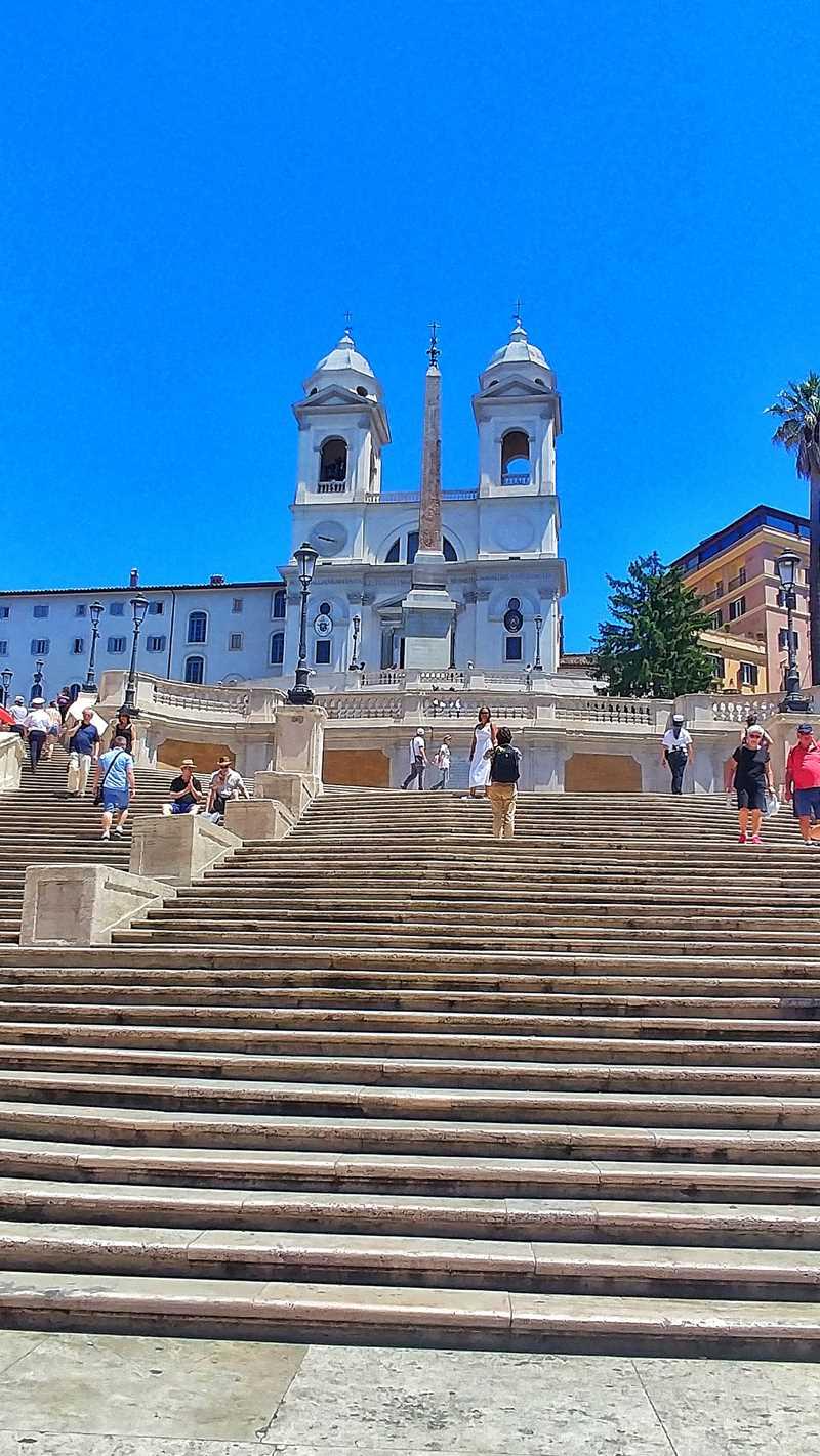 Die spanische Treppe in Rom, auch ohne tausende Touristen