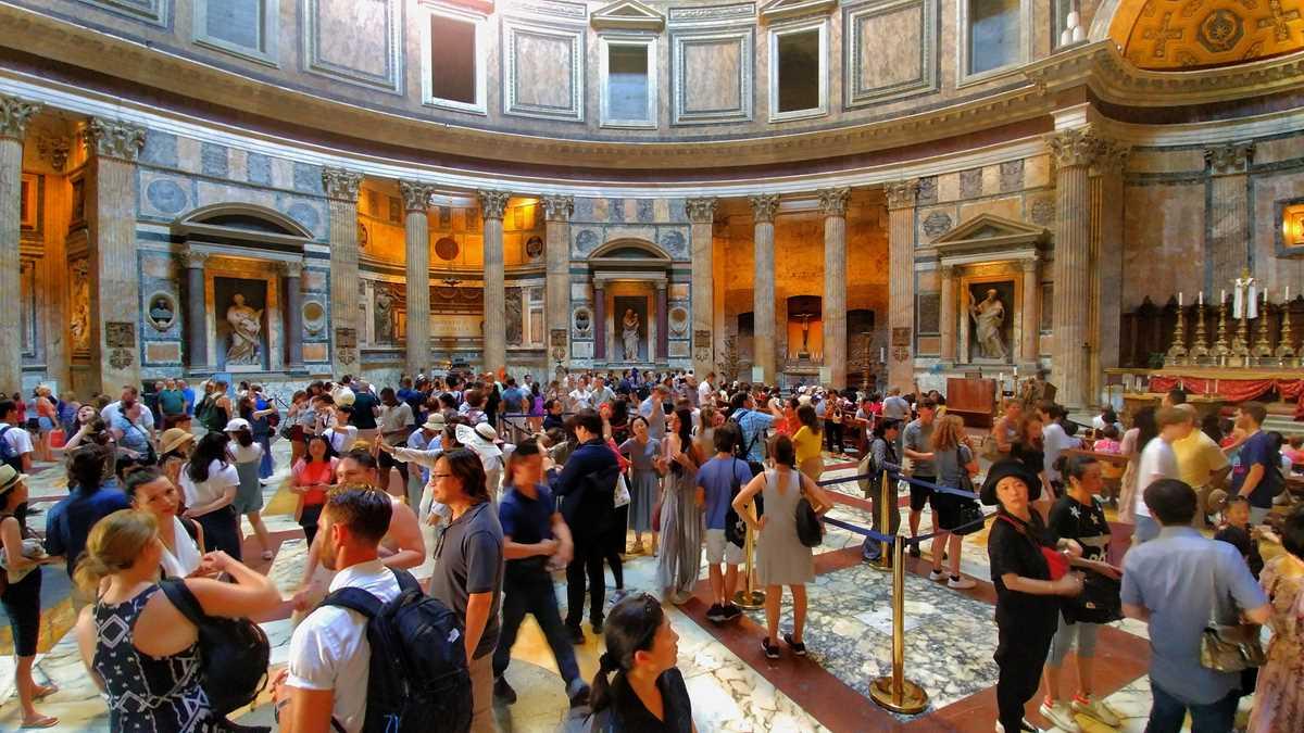 Das Pantheon von Rom, ebenfalls ein Problemfall des Over Tourism