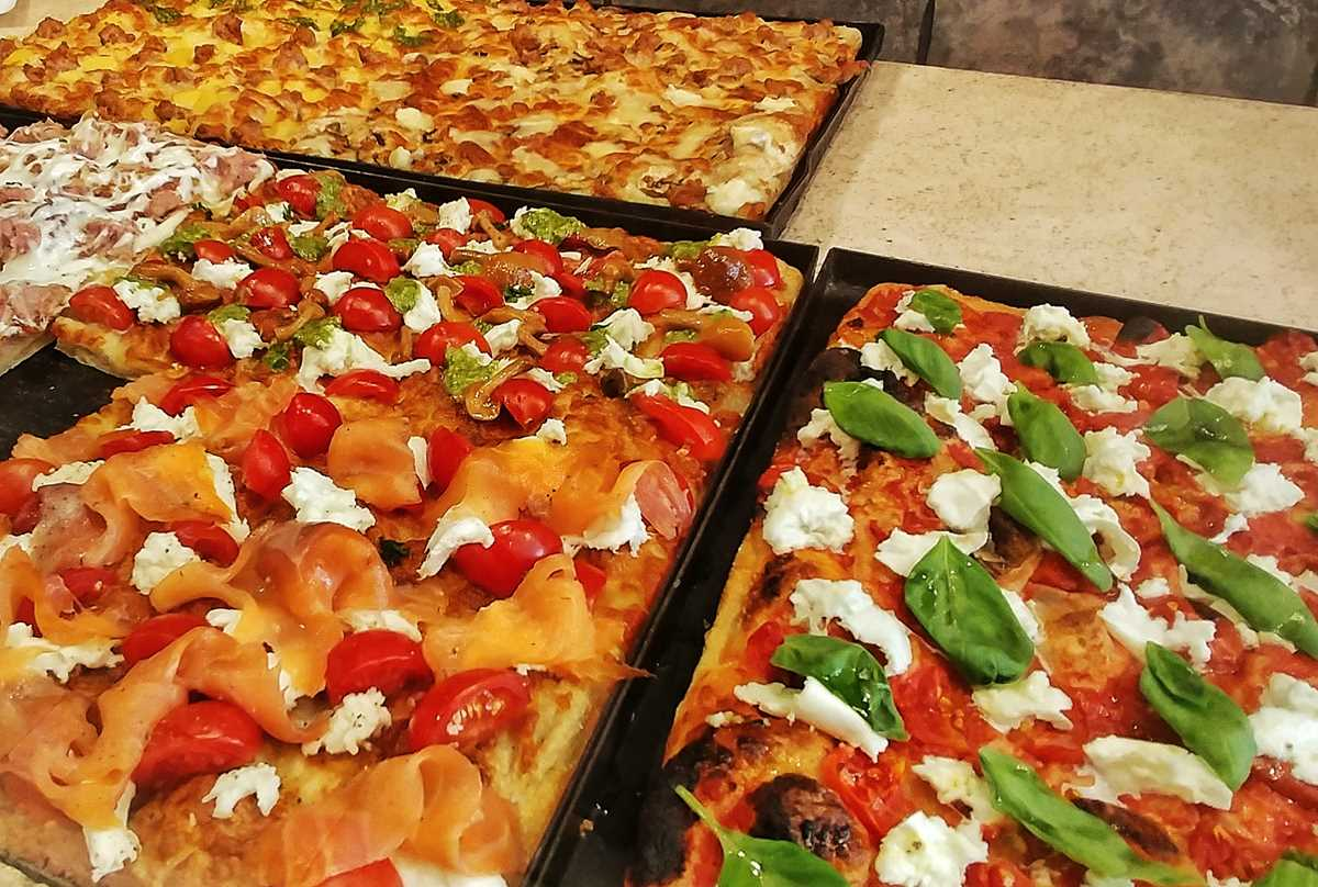 Leckere italienische Pizza gibt es auch in Rom