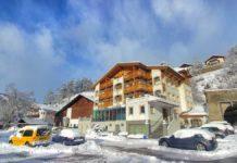 Das Hotel Goldener Adler am Reschensee in Graun im Vinschgau