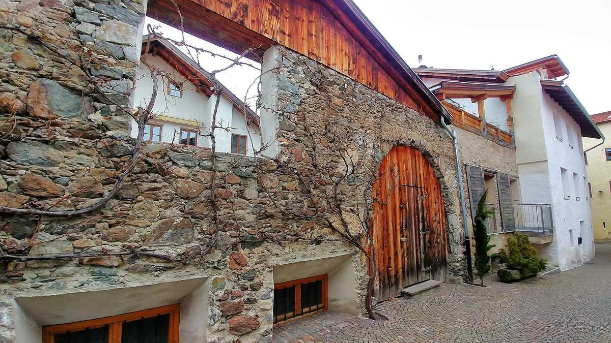 Der historische Ort Glurns im Vinschgau in Nord-Italien