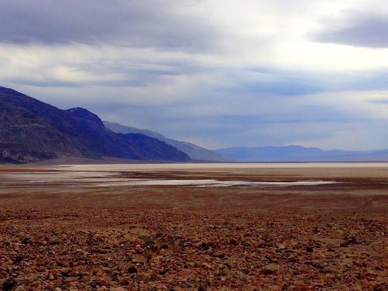 Blick in das Death Valley, das tiefste Tal der USA