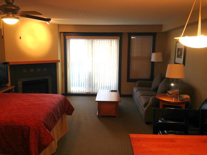 Die 1000 Peaks Lodge im Panorama Mountain Resort im Westen von Kanada