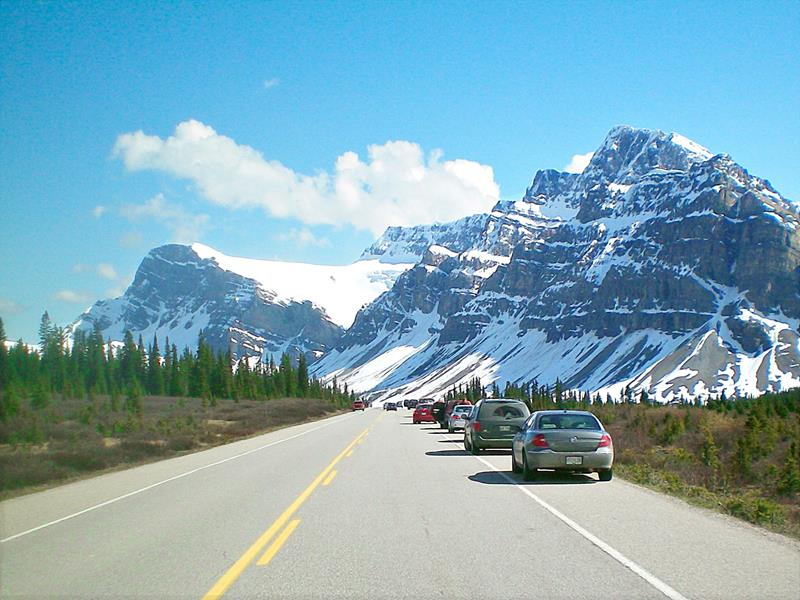 Der Icefields Parkway in den Rocky Mountains von Kanada