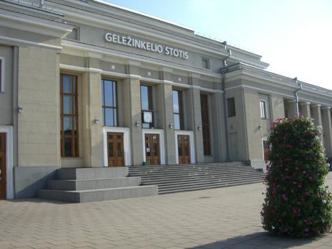 Mit dem Zug von Kaunas nach Vilnius