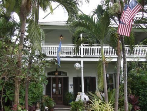 Wunderschöne Häuser auf der Truman Avenue in Key West