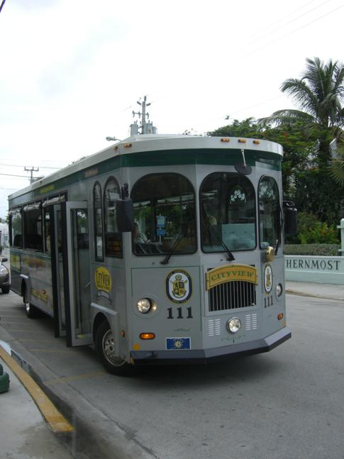 Der Conch Trolley, eines der Touri-Fortbewegungsmittel in Key West