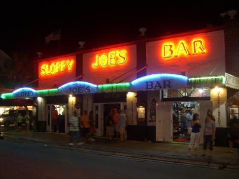 Die berühmteste Bar in Key West: die Sloppy Joes Bar