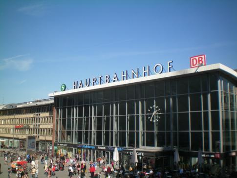 Der Hauptbahnhof in Köln als ein wichtiger Knotenpunkt der Deutschen Bahn