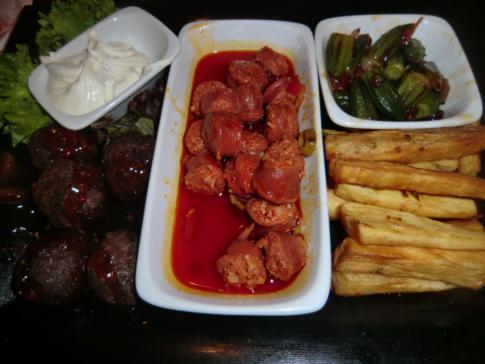 Letzte Tapas-Platte im Moyos New Orleans Diner in Köln