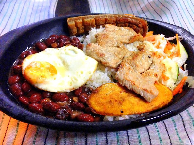 Ein typisches Abendessen in Kolumbien