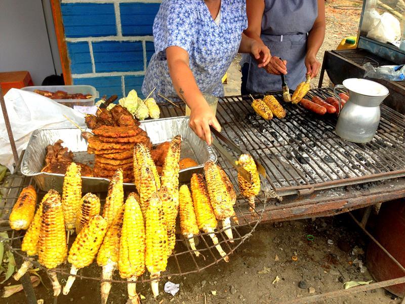 Leckeres kolumbianisches Street Food nahe Salento