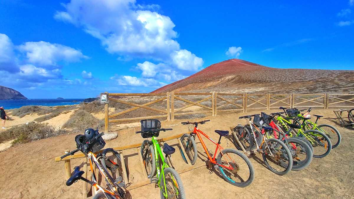 La Graciosa mit dem Mountainbike erkunden