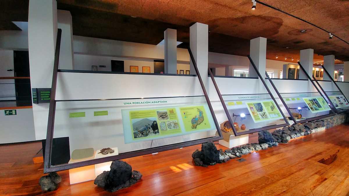 Der Timanfaya Nationalpark, eine der beeindruckendsten Sehenswürdigkeiten auf Lanzarote
