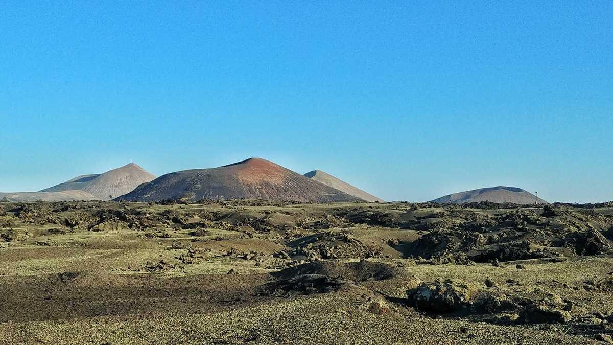 Der Vulkan El Cuervo mit einer eher unspannenden Wanderung