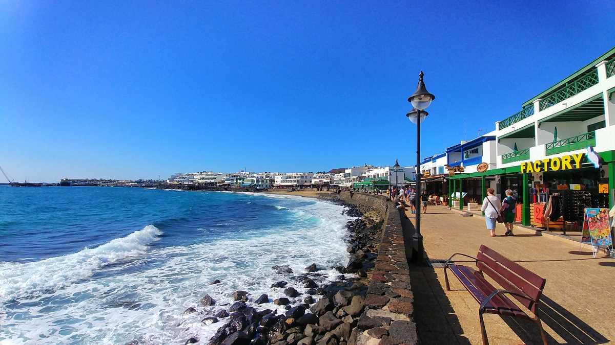 Playa Blanca, eines der Touristenzentren auf Lanzarote