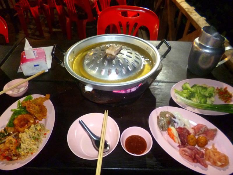 Super leckeres Barbeque in Luang Prabang direkt am Mekong