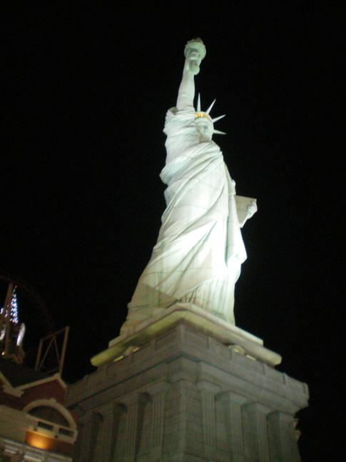 Die Freiheitsstatue mitten in Las Vegas