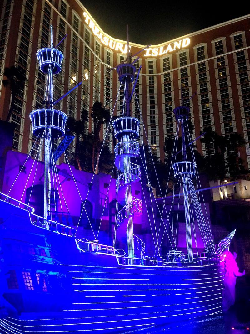 Das Treasure Island Resort im Herzen von Las Vegas