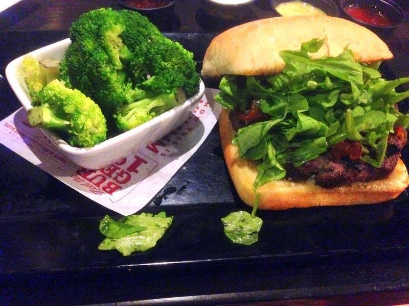 Die Burger-Kette Red Robin mit Bottomless Fries gibt es auch in Las Vegas