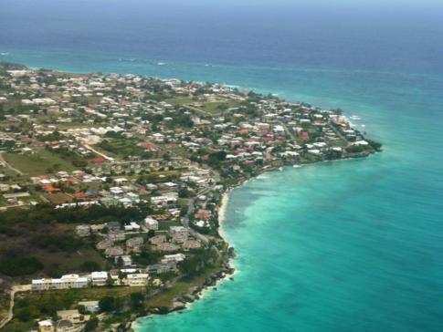 Landeanflug mit Liat auf Barbados