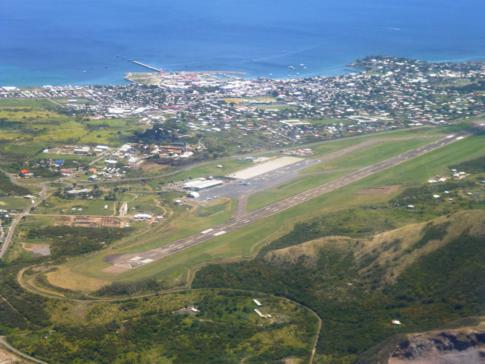 Tolle Panoramarunde mit Liat über St. Kitts, hier im Bild der Robert Bradshaw International Airport