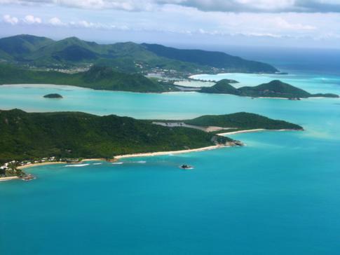 Anflug mit Liat auf Antigua, dem Hub der Airlines