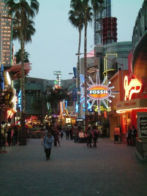 Buntes Treiben in Universal City, Los Angeles