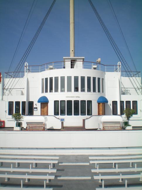 Rundgang auf der Queen Mary Long Beach: hier das Heck des Schiffes