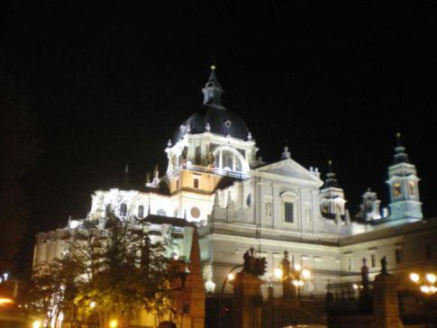 Almudena-Kathedrale in Madrid