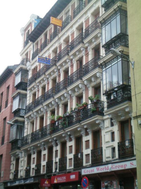 Gebäude des Magda Hostel