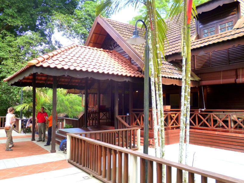 Der Empfangsbereich im Mutiara Taman Negara Resort
