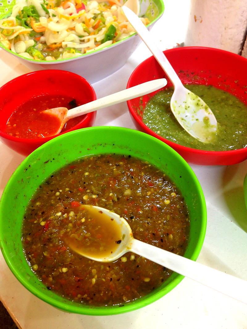 Scharfe Soßen gehören zum mexikanischen Essen dazu