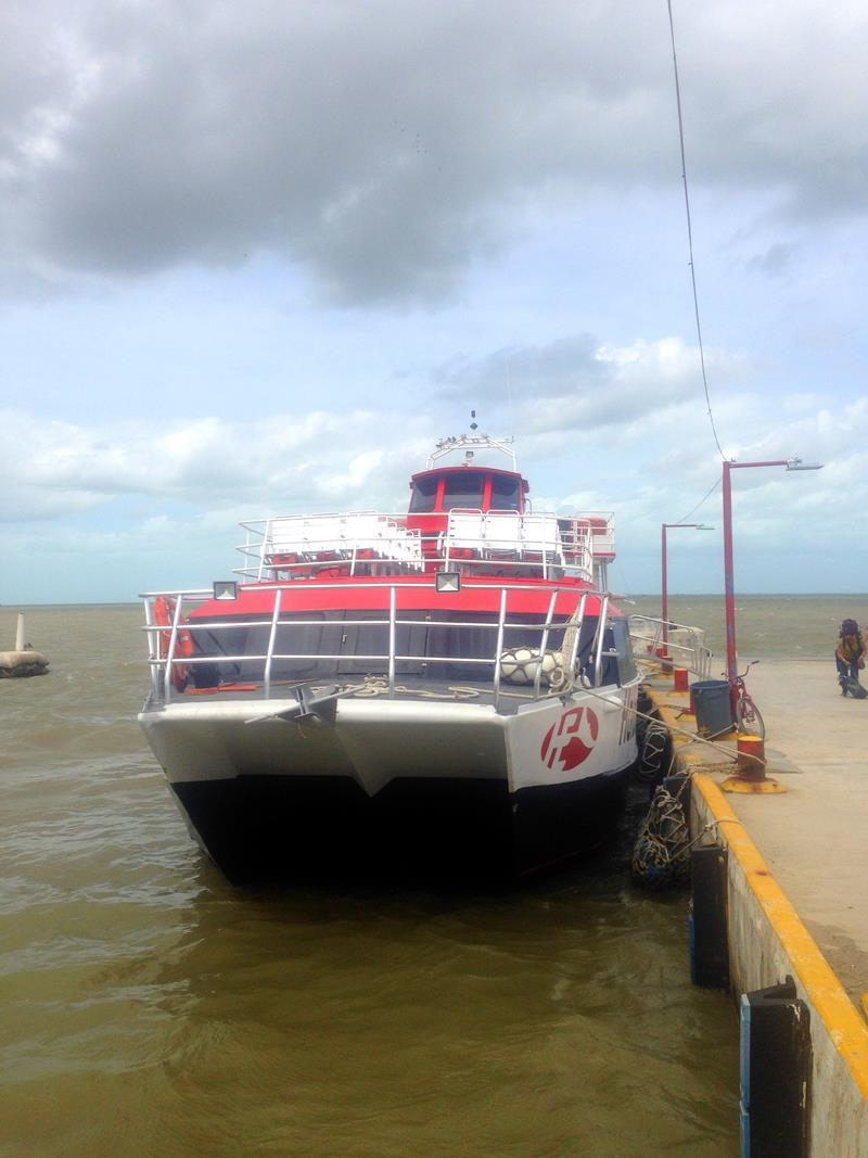 Die Fähre vom Festland auf Yucatan in Chiquila zur Isla Holbox
