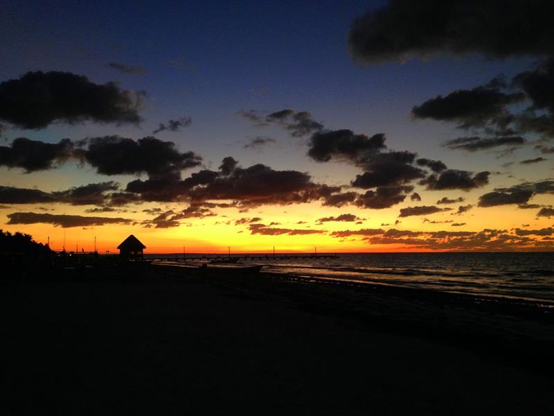 Toller Sonnenuntergang auf der Isla Holbox in Mexiko