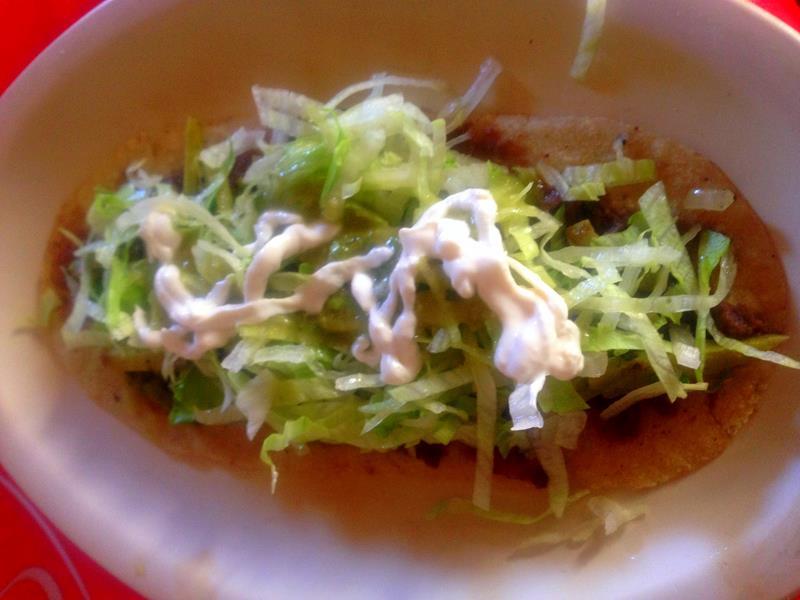 Huaraches, ein typisches Essen in Mexiko und Yucatán