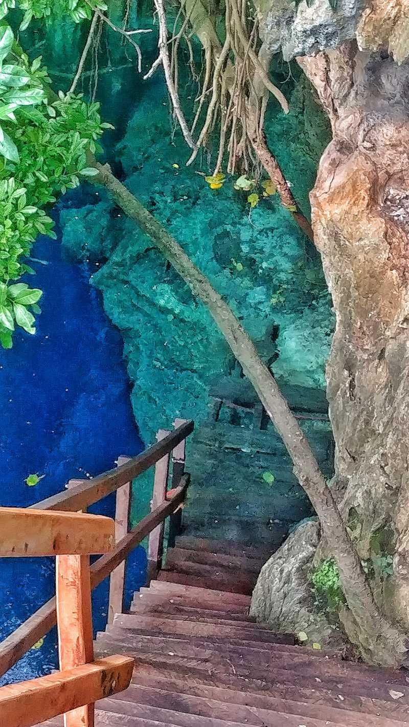 Eine Cenite direkt in Mucuyche nahe Mérida, die Cenote Yaal Utzil