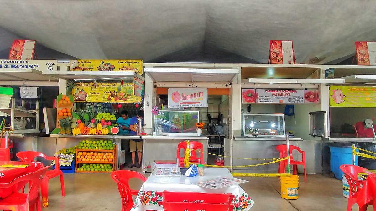 Die zahlreichn Street Food Stände in Mérida
