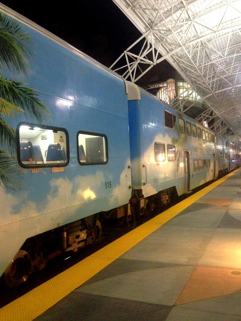 Transfer zwischen Miami Flughafen und Fort Lauderdale Flughafen mit Tri-Rail und Bus