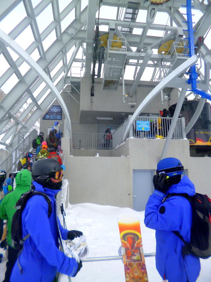 Die Lone Peak Tram - Gondelbahn zum 3.403 Meter hohen Lone Mountain