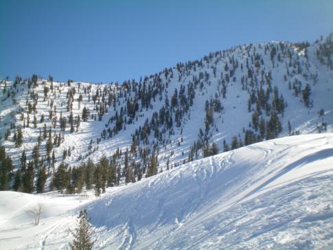 Überblick über The Chutes im Skigebiet Mount Rose