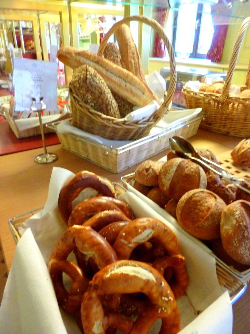 Umfangreiches und leckeres Frühstücks-Buffet im Hotel Platzl in München