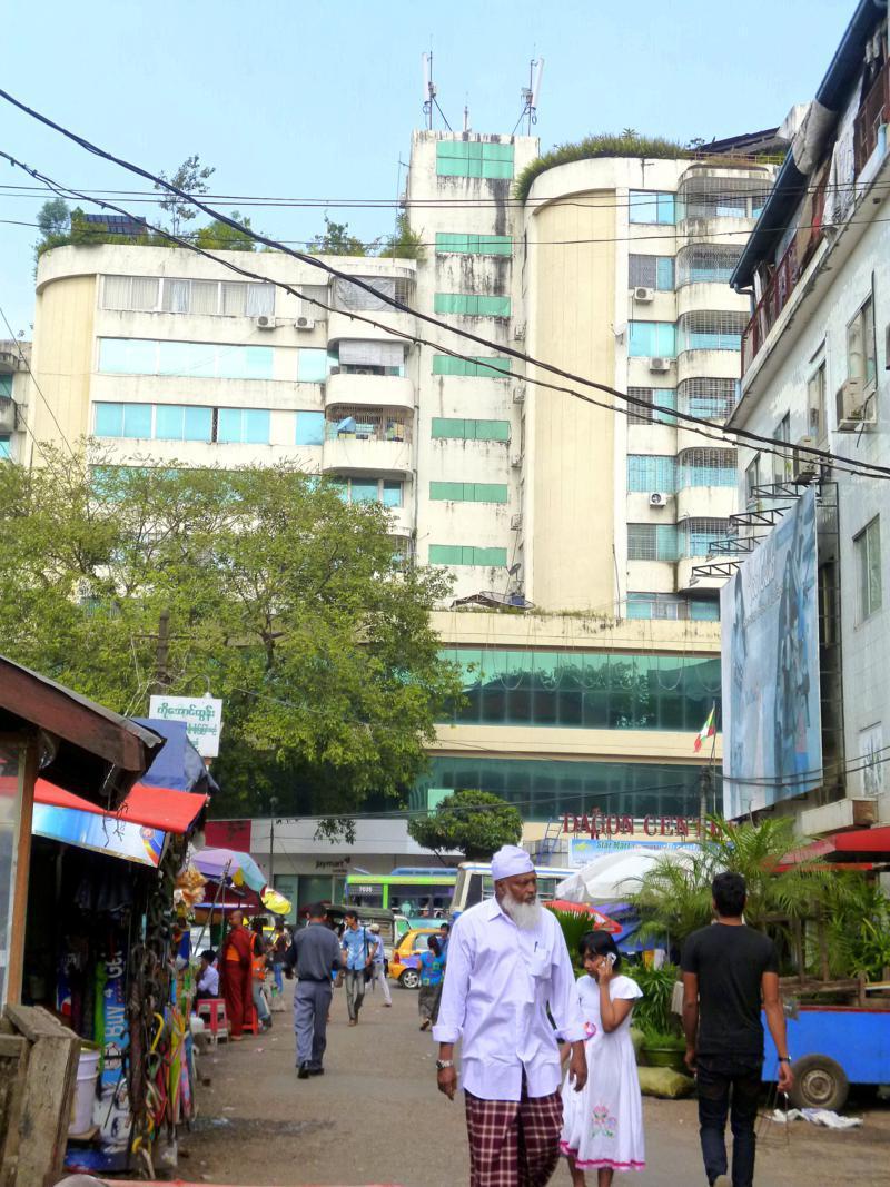 Klassisches Stadtleben in Yangon