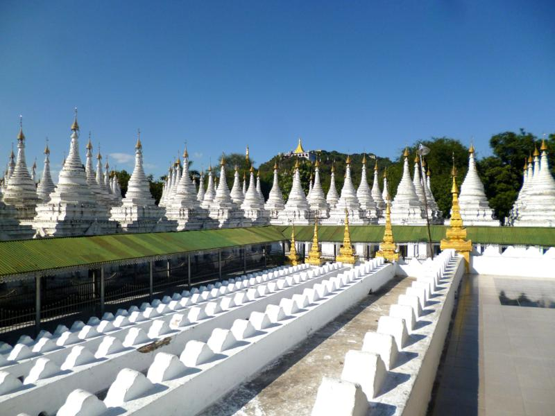 Die Sandamani Pagode in Mandalay