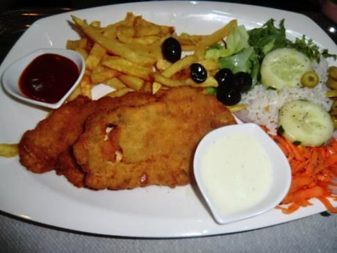 Das Abendessen im Restaurant des La Giralda in Nador