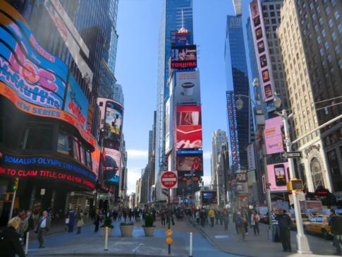 Der Times Square, einer der Haupt-Sehenswürdigkeiten in New York
