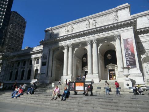 Die Public Library an der 42. Straße in Manhattan