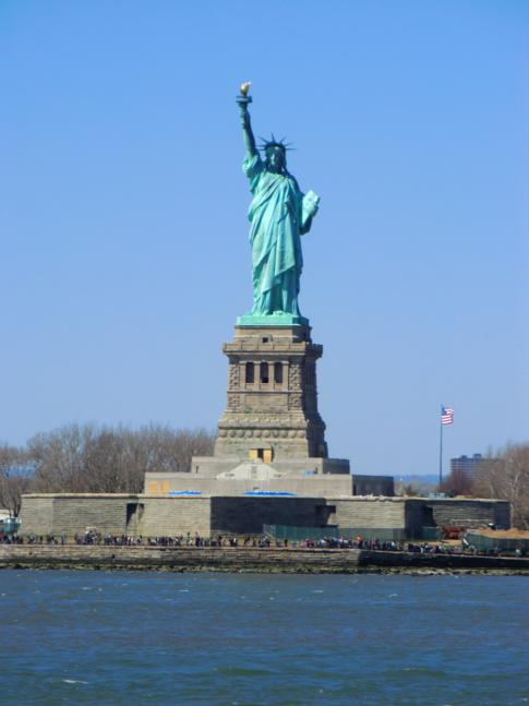 Die Freiheitsstatue - kostenlos zu sehen mit der Staten Island Ferry