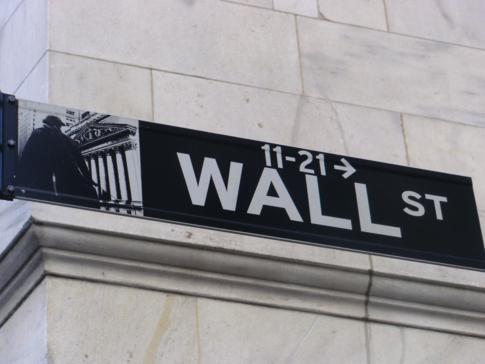 Nettes Straßenschild an der Wall Street