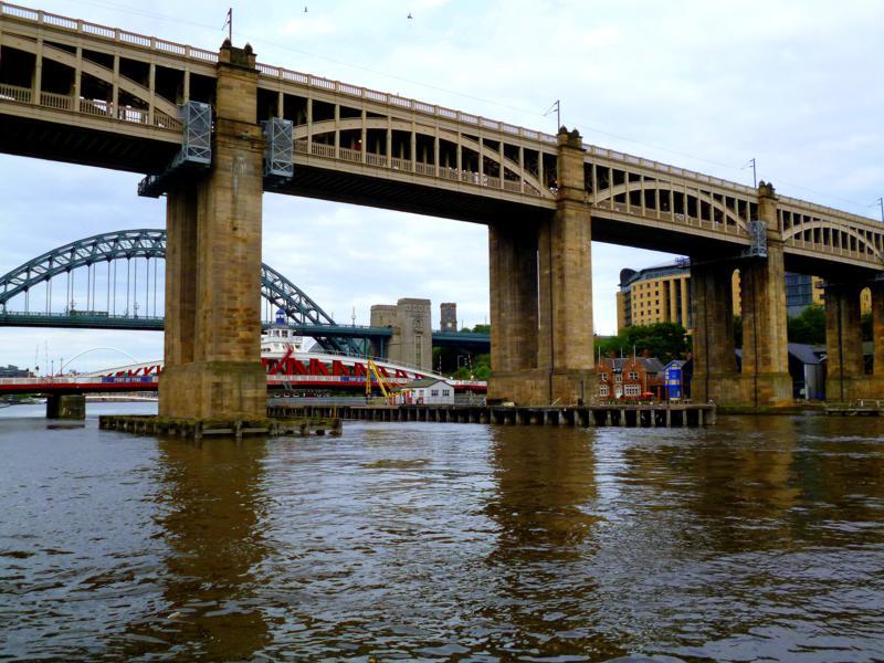 Die zahlreichen Brücken über den River Tyne in Newcastle